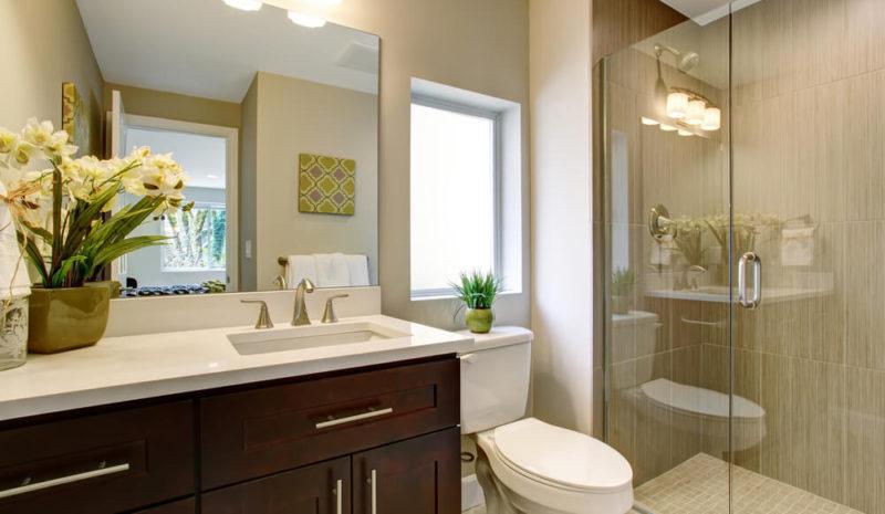 6 dicas para otimizar o espaço de banheiro pequeno