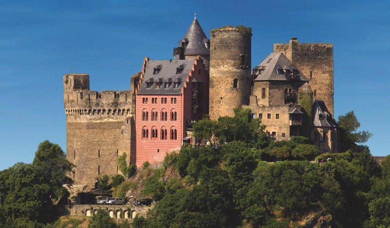 Hospede-se em castelos