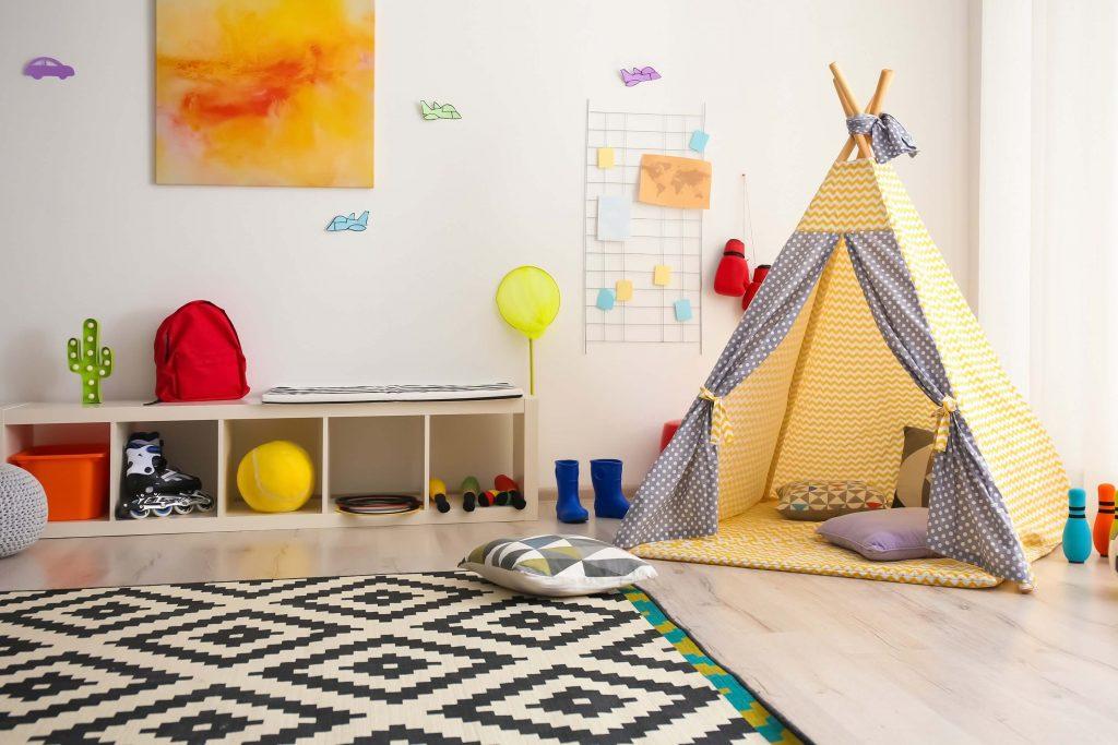 quarto montessoriano colorido