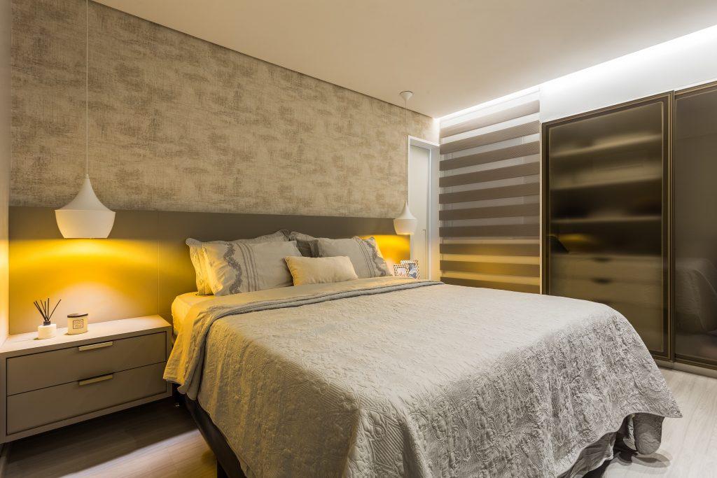 dormitorio com iluminação
