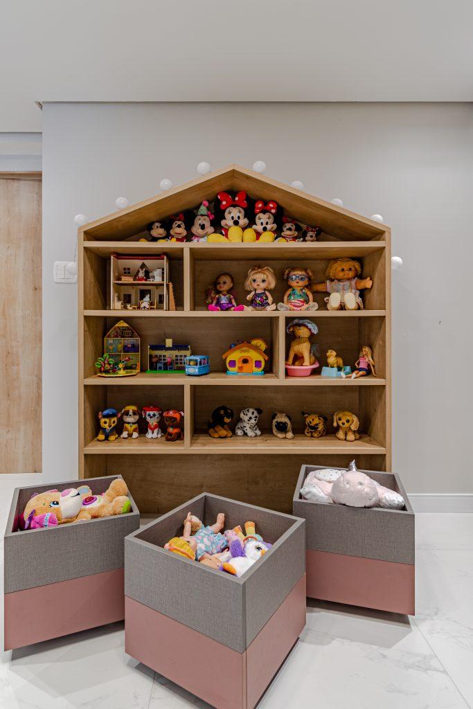 brinquedoteca em forma de casinha