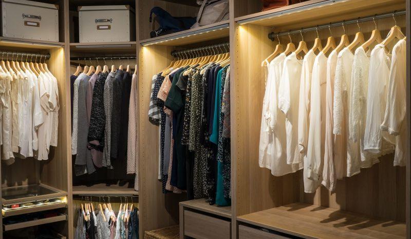 Otimização de armários: 4 dicas para conseguir o máximo de espaço