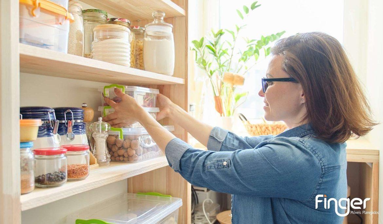Veja como caprichar na organização da despensa da sua casa