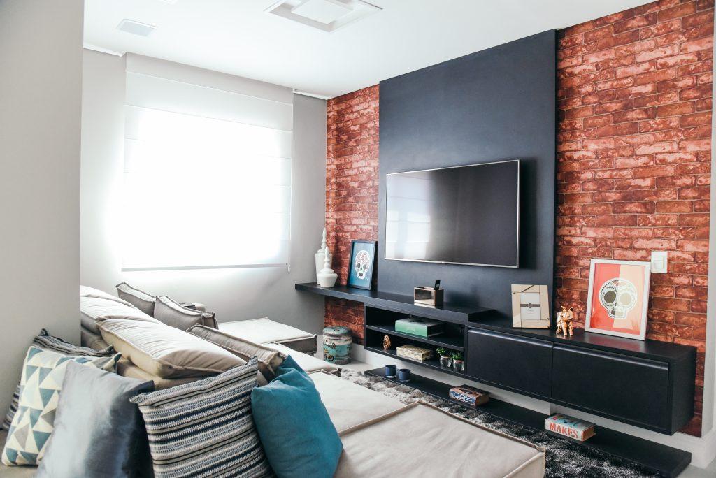 decoração com papel parede tijolinho living