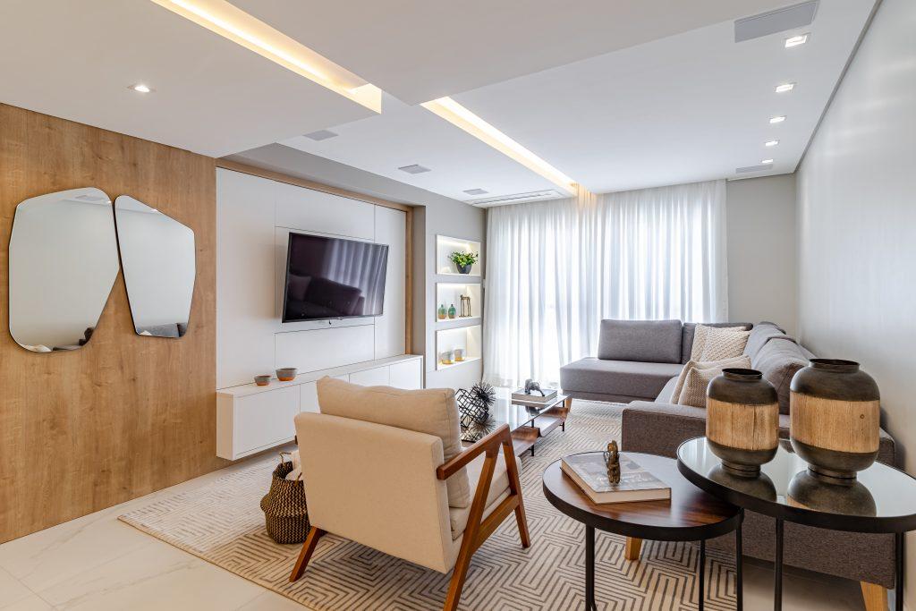 sala de estar com decoração com espalho ambiente integrado living