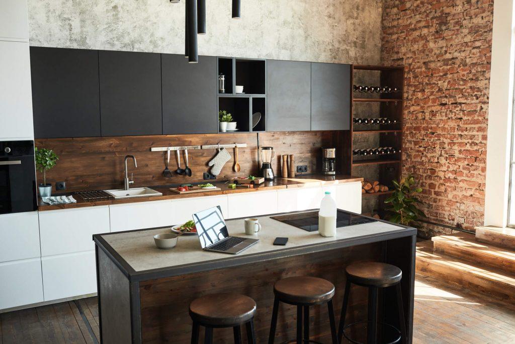cozinha no estilo industrial móveis pretos
